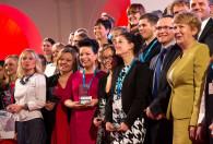 Pamiątkowe zdjęcie wszystkich laureatów konkursu